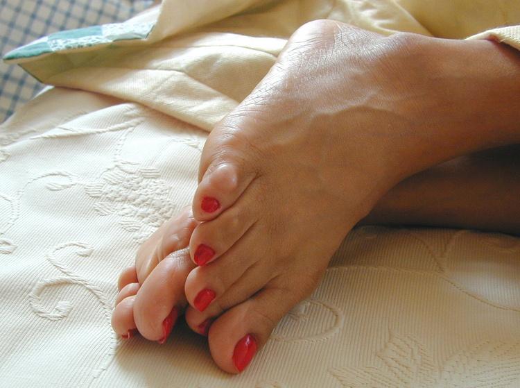 Крем от натоптышей на ногах: обзор эффективных средств